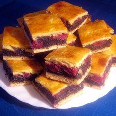 Kelt meggyes-mákos pite Recept képpel - Mindmegette.hu - Receptek Sour Cherry, Cornbread, Sweet Tooth, French Toast, Sandwiches, Muffin, Pie, Cooking, Breakfast