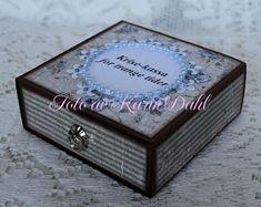 Karins-kortemakeri: Førstehjelpsskrin 40 år Decorative Boxes, Decorative Storage Boxes