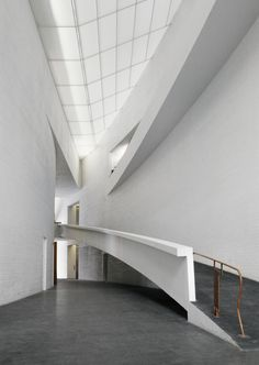 Gallery of AD Classics: Kiasma Museum of Contemporary Art / Steven Holl Architects - 4