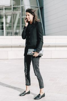 Géraldine Saglio is a French stylist and assistant for French Vogue Editor Emmanuelle Alt.   Here in Gucci Horsebit-detailed leather black Brixton loafers.  Basic and chic.
