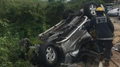Durban - Five people were killed and four others injured on Sunday afternoon when an SUV crashed into the centre median and rolled down an embankment on the highway in the Westville North area. Educational News, Kwazulu Natal, South Africa, Horror, Centre, Sunday, People, Domingo, People Illustration