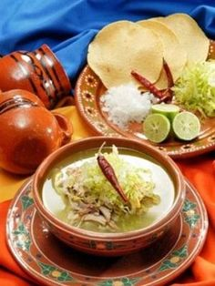 Pozole!  Aprende a preparar el tradicional pozole mexicano y sorprende a todos con tu delicioso sazón.