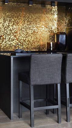 Barstol fra Slettvoll Gold Interior, Interior Design, Basement Bar Designs, Minimal Home, 50 Shades Of Grey, Color Stories, Trondheim, Scandinavian Style, Dining Bench