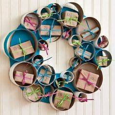 """Tubular Advent Wreath - made from cardboard tubes! The advent """"calender"""" I did last year he didnt like Days Until Christmas, Holiday Fun, Christmas Holidays, Christmas Wreaths, Christmas Crafts, Advent Wreaths, Christmas Tables, Nordic Christmas, Modern Christmas"""