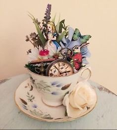 Alice In Wonderland Teacup Decorative Item Mad Hatter Party, Mad Hatter Tea, Mad Hatters, Deco Disney, Alice In Wonderland Tea Party, Alice In Wonderland Bedroom, Garden Theme, Party Garden, Quinceanera