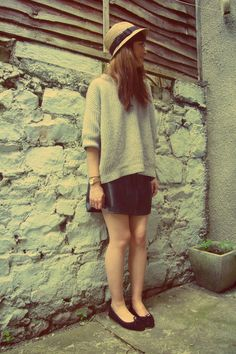 """Black Leather Vintage Skirts, Heather Gray Slouchy Gap Jumpers 