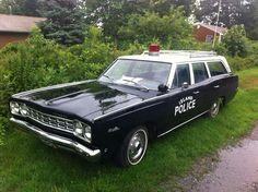 Island Police - vintage wagon 1968 Plymouth Satellite wagon