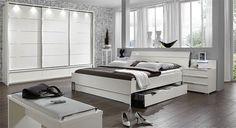 Komplett Schlafzimmer In Modernem Weiß. Tolle Möbel Passend Zu Jeder Art  Von Einrichtungsstil.