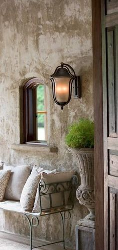 Rustic Italian Home Tuscan Decorating, French Country Decorating, Old World Decorating, Decorating Tips, Style Toscan, Rustic Italian Decor, Rustic Decor, Italian Home Decor, French Tuscan Decor