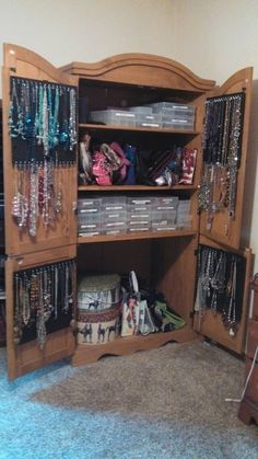 TV Amoir turned into Jewelry and Accessories Amoir: Peg board on inside doors; used 's' hooks to hang necklaces. Bead boxes sort earring by color; use label maker to mark. Hat boxes used to store scarves. extra shelf space for purses. Jewellery Storage, Jewelry Organization, Home Organization, Jewelry Cabinet, Jewelry Armoire, Jewelry Box, Jewelry Closet, Furniture Makeover, Diy Furniture