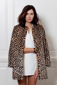 Vivian Leopard Topper