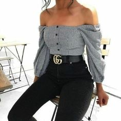 Chic summer outfits ideas for spring summer fashion trendy outfits 2019 Look Fashion, 90s Fashion, Street Fashion, Fashion Outfits, Womens Fashion, Fashion Trends, Girl Fashion, Gucci Fashion, Jeans Fashion