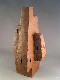 Ceramic Artist Francesc Burgos (Spanish-American) - The hidden fortress - Stoneware