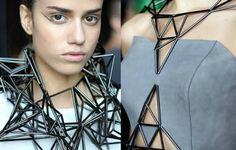mode géométrique design contemporain femme look tendance futuriste