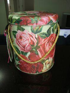 Made by Samy: DIY - Mais uma de minhas artes com decoupage  Olá ...