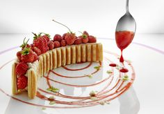 Le millefeuille aux fraises des bois - Hôtel du Cap-Eden-Roc - Lilian Bonnefoi