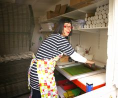 jane foster, artist, printmaker, designer and illustrator. bold, scandinavian, retro. lives in a super cool house & she gives screen printing lessons, she's living the dream!