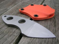 Custom Neck Knife