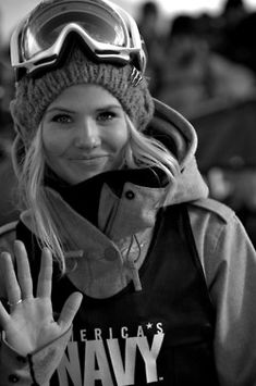Silje Norendal Beautiful girls of Sochi Olympics. Tina Weirather Aimee Fuller Abby Ghent Agnieszka Gasienica Daniel Anna Gasser Alexandra Jekova Alissa - Girls - Check out: Hot Female Athletes of Sochi 2014 on Barnorama Snowboards, Winter Love, Winter Wonder, Silje Norendal, Snowboarding Style, Snowboard Girl, Ski Season, Snow Fashion, Winter Fashion
