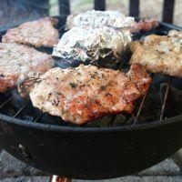 Recept : Grilované kotlety naložené v bylinkách | ReceptyOnLine.cz - kuchařka, recepty a inspirace