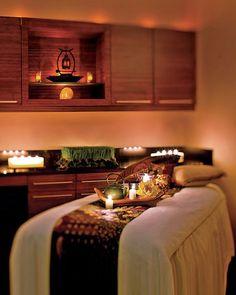 Utiliser le bois dans une salle de massage