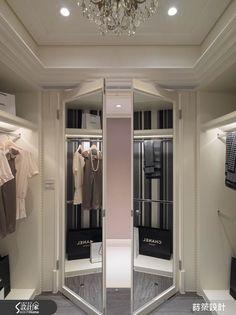 女主人夢幻更衣室,原本是最暗的小房間,如今成為最華麗的空間。