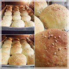 O que fazer com mandioca já cozida? Sobrou um tanto por aqui e preparei esse pãozinhosuper fofo. Recomendo! Além de ser prático, o liquidificador ajuda no início da massa; assim, nem há necessidad…