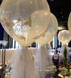 Lace ballon decoration