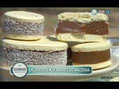 Alfajores de maicena extra dulce de leche - Recetas – Cocineros Argentinos Brownie Cookies, Cookie Desserts, Cake Cookies, Dessert Recipes, Cooking Time, Cooking Recipes, Amaretti Cookies, Sweet Bread, Mini Cakes