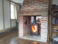 Most up-to-date Pics Brick Fireplace log burner Thoughts Sometimes it will pay to help neglect the transform! As an alternative to pulling out a good out-of-date brick fireplace New Homes, Stove, Open Plan Living Room, Double Sided Fireplace, Brick Fireplace Log Burner, Brick Fireplace, Wood Fireplace, Fireplace Logs, Wood Stove