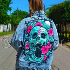 Denim jacket Hand painted jacket Denim jacket with a human skull Art jacket Pop art jacket Jacket painting Painted denim jacket Jacket men Painted Denim Jacket, Painted Jeans, Painted Clothes, Hand Painted, Diy Fashion, Ideias Fashion, Fashion Outfits, Diy Clothing, Custom Clothes