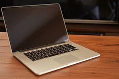 เทคนิคการเลือกซื้อ สินค้า IT ไปเร็วมาเร็วมาก บางยี่ห้อขายต่อได้ราคาดี บางยี่ห้อก็ราคาตกไปเลยถึงแม้ว่าสเปคจะสูงแค่ไหนก็ตาม Mac Book มือสอง