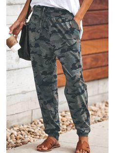 Long Camouflage Casual Pants - holapick.com Boyfriend Jeans Damen, Baggy Jeans Damen, Camo Joggers, Jogger Pants, Boutique Fashion, Camouflage Pants, Camouflage Fashion, Type Of Pants, Pants For Women