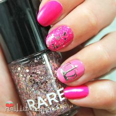 Princess nail art | Uñas decoradas con coronas de princesa nail art Hair And Nails, My Nails, Princess Nail Art, Great Hair, Awesome Hair, Nail Art Kit, Gorgeous Nails, Nails Inspiration, Cute Hairstyles