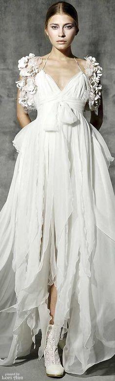 Yolan Cris Romantic Lace Bridal 2016