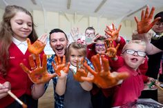 @TheRealLukevans visits Troedyrhiw primary school in Wales in partnership with @savechildrenuk and @Bulgariofficial