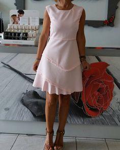 Abito da donna di PINKO scontato ulteriormente del -20% #pinko #girl #woman #brescia #pink #franciacorta #love #josephine #kiss #smile #me #instagram #followers #fashion #shopping #blue #makeup #pokemongo #beach #tagsforlikes #summer #photooftheday #happy #sun #travel #color #beautiful #wedding #flowers #photo http://misstagram.com/ipost/1568277481390252290/?code=BXDpA9rgqEC