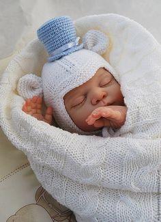 """Купить Шапочка """"Мистер мышонок"""" - шапочка, шапка вязаная, шапочка вязаная, для новорожденного, на выписку, для мальчика"""