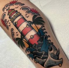 e528a5a565d7f2c0b2291a2753112821--lighthouse-tattoo-american-tattoos.jpg (736×727)