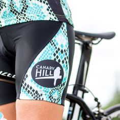Cycle shorts with eye catching turquoise snakeprint Funky Design, Bibs, Snake, Emerald, Cycling, Gym Shorts Womens, Bicycle, Glamour, Turquoise