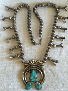 VINTAGE Single Strand Sterling Silver NAVAJO PEARLS Squash Blossom Necklace TURQUOISE