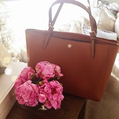 tory burch brown leather tote bag