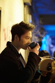 [PRESS PICS] 150111 Spy's Kim Jaejoong B-cut stills released, in a coffee commercial?