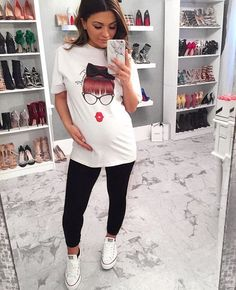 32 Ideas For Baby Bump Style Casual Maternity Outfits - 32 Ideas For Baby Bump Style Casual Maternity Outfits - Casual Maternity Outfits, Stylish Maternity, Maternity Wear, Maternity Fashion, Cute Outfits, Pregnancy Wardrobe, Pregnancy Outfits, Pretty Pregnant, Baby Bump Style