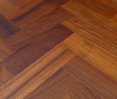 teak-wood-block
