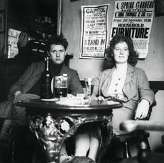 Dylan Thomas: beer and loafing in Fitzrovia