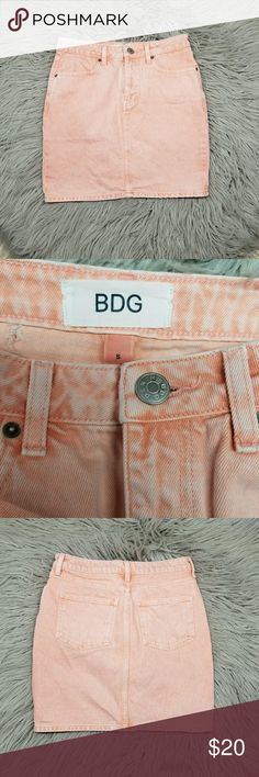 🖤BOGO50%OFF BDG peach denim skirt 🖤🖤🖤🖤Everything 29 and under in my closet is buy one get one 50 % off , today only!!!! Add your items to a bundle and I will send you your discounted price 🖤🖤🖤🖤   Peach jean skirt from urban outfitters,  great condition aside from small hole in back as pictured from the sensor !  Size is small but fits like a 0 measuring at 14 inches flat side to side, and 16 inches top to bottom! Urban Outfitters Skirts Midi