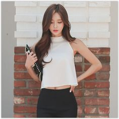 Aurora - Sleeveless Cropped Top