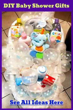 28 Affordable & Cheap Baby Shower Gift Ideas For Those on a Budget Baby Shower Gift Ideas! DIY baby shower gifts – Unique, creative DIY baby shower gift baskets and baby bathtub gift baskets to make cheap – Dollar Stores DIY baby shower gifts for boys, g Baby Bath Gift, Bath Gift Basket, Baby Boy Gift Baskets, Baby Shower Gift Basket, Baby Boy Gifts, Baby Boys, Unique Diy Baby Gifts, Gift For Baby Girl, Creative Baby Gifts
