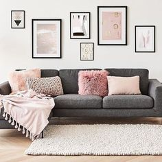 33 Pink and Gray Modern Living Room Decor Mid Century Modern Living Room decor Gray Living Modern pink Room Living Room Grey, Home Living Room, Apartment Living, Living Room Designs, Living Room Decor Frames, Pink Living Rooms, Gray Room Decor, Gallery Wall Living Room Couch, Modern Living Rooms